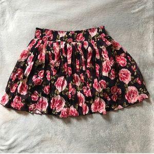Forever 21 cute rose skirt